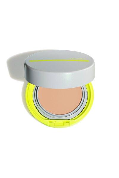 Shiseido Suya ve Tere Dayanıklı Kompakt BB Krem SPF 50 -  Sports BB Compact Light 729238155749