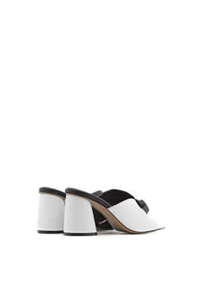 Camilia Bayan Terlik Siyah-beyaz Deri