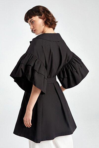 Kadın Siyah Kolları Volanlı Trençkot N20Y-11206-0002
