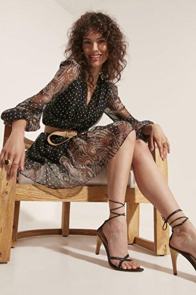 Say Kadın V Yaka Etek Ucu Şal Desenli Elbise