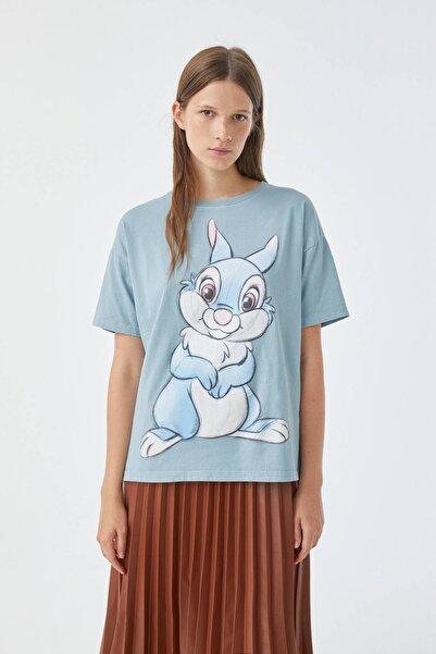 Pull & Bear Kadın Soluk Yeşil Thumper Görselli Yeşil T-Shirt 09247341