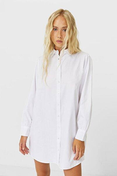 Stradivarius Kadın Beyaz Uzun Poplin Gömlek 06190641