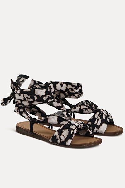 Oysho Kadın Leopar Şal Desenli Sandalet