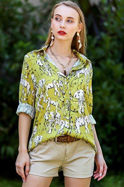 Chiccy Kadın Yağ Yeşili Afrika Filleri Desenli Saten Gömlek M10010400Gm99519
