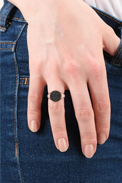 Siyah Taşlı Oval Serçe Parmak Yüzüğü