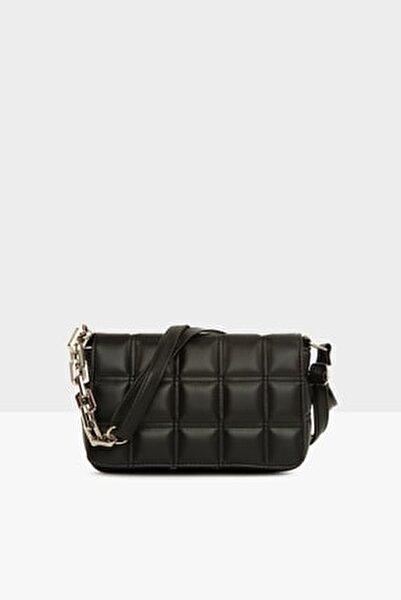 Siyah Kadın Nakışlı Kapaklı Mini Çanta M000004928