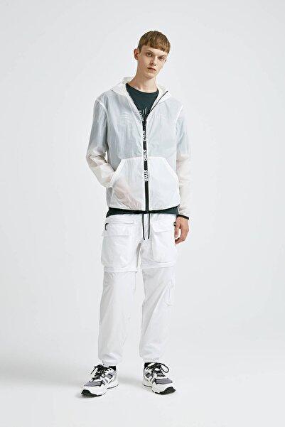 Pull & Bear Erkek Beyaz Karanlıkta Parlayan Ceket 09710523