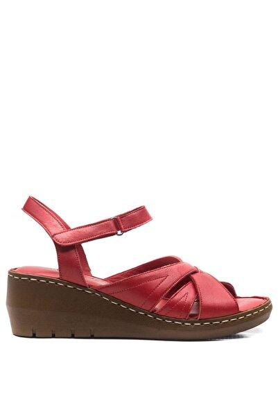 Bulldozer Kadın Kırmızı Deri Yüksek Sandalet 201330