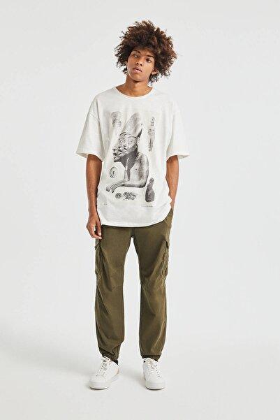 Pull & Bear Erkek Haki Elastik Belli Yırtılmaz Kumaştan Kargo Pantolon 05670505