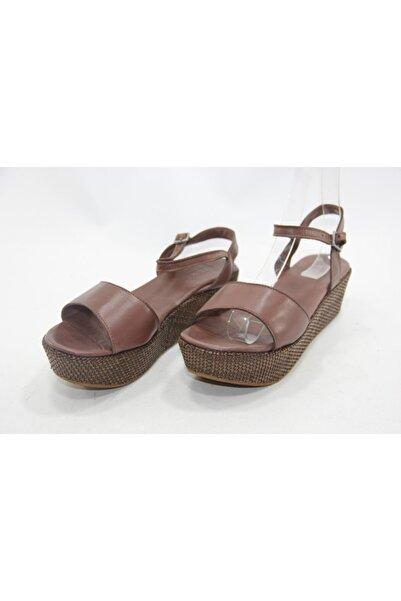 İnci Kadın Kahverengi Topuklu Sandalet Ayakkabı