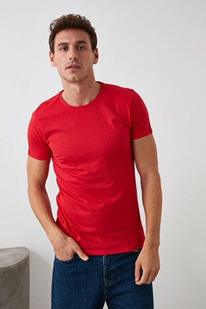 Kırmızı  Erkek Basic Pamuklu Kısa Kollu Bisiklet Yaka  Slim Fit T-Shirt - TMNSS19BO0001