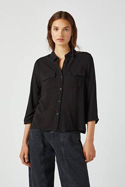 Pull & Bear Kadın Siyah Kolları Pilili Basic Gömlek 09470326