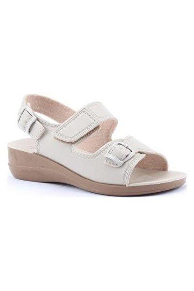 GEZER Kadın Bej Günlük Cırtlı Hac Umre Sandalet 4321
