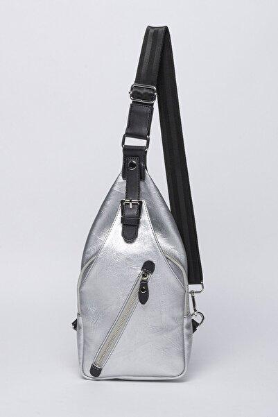 Jacquline Kadın Gümüş Rengi Çapraz Askılı Çanta