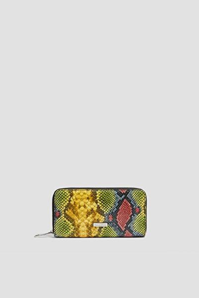 Pull & Bear Kadın Çok Renkli Yılan Derisi Desenli Cüzdan 14044640