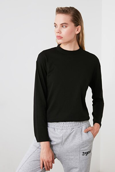 TRENDYOLMİLLA Siyah Uzun Kollu Dik Yaka Örme T-shirt TWOAW20TS0233