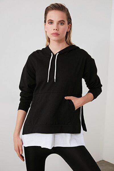 Siyah Kapüşonlu Basic  Örme Sweatshirt TWOAW20SW0382