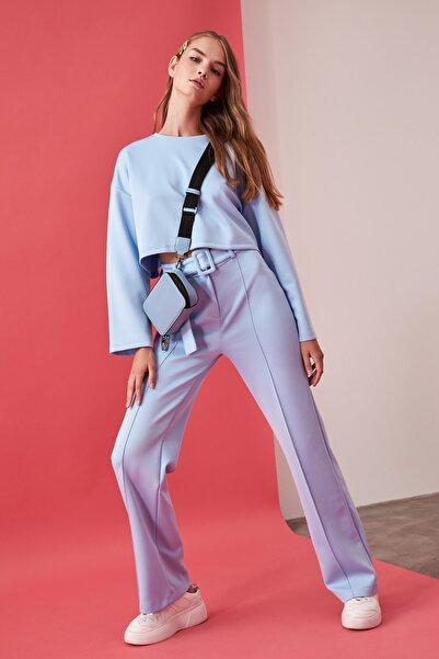 TRENDYOLMİLLA Mavi Kemerli Örme Pantolon TWOAW21PL0188