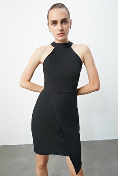 Siyah Asimetrik Kesim Elbise TPRAW19BB0007