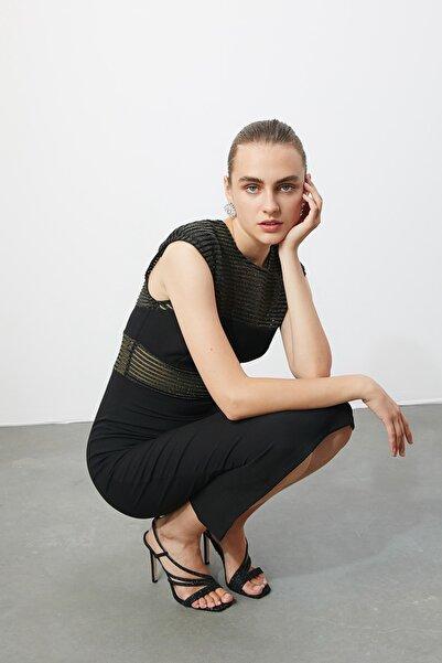 TRENDYOLMİLLA Siyah Transparan Detaylı  Elbise TPRSS20EL0215