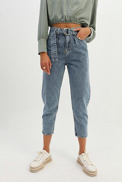 Quzu Kadın Açık Mavi Kemerli Pantolon