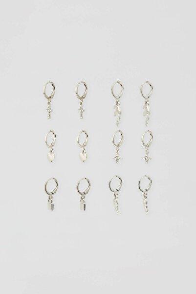 Pull & Bear Kadın Gümüş Rengi Charm Küpe Seti 09996382