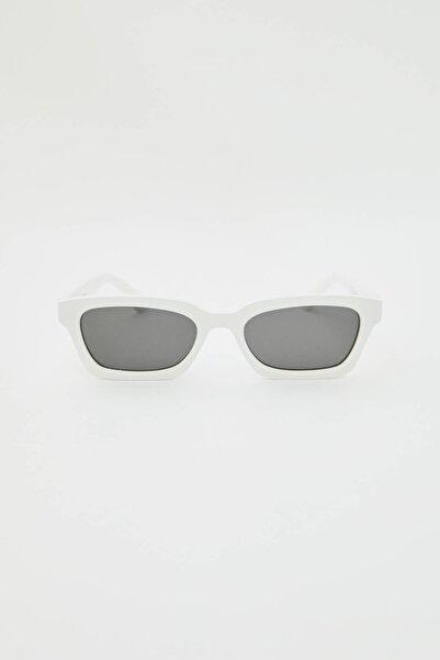 Pull & Bear Erkek Beyaz Beyaz Sicko19 Sickonineteen Güneş Gözlüğü 09992509