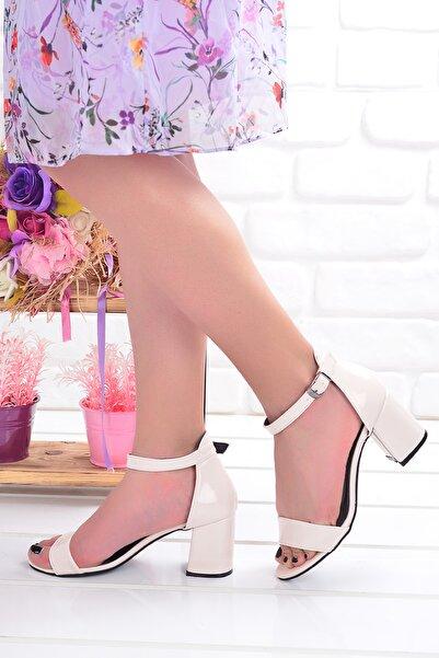 Ayakland 2013-05 Çatlak 7 Cm Topuk Bayan Sandalet Ayakkabı
