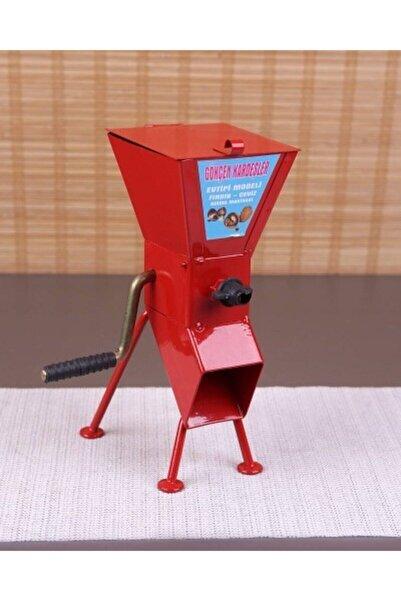 Bastonlu Kollu Fındık Ve Ceviz Kırma Makinesi Kırmızı