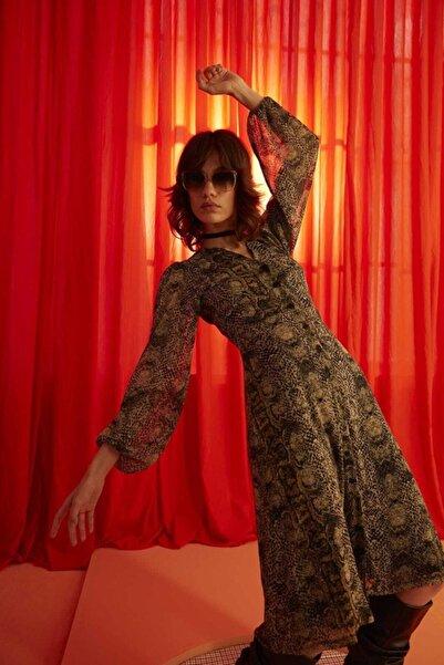 Ribellion Kadın Desenli Bej Elbise