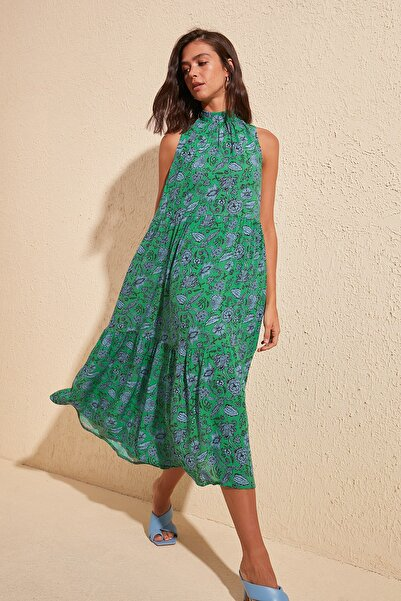 TRENDYOLMİLLA Çok Renkli Desenli Elbise TWOSS20EL0573