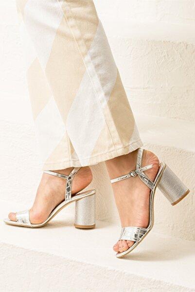 Elle Shoes SYLVIAA Lame Kombin Kadın Sandalet