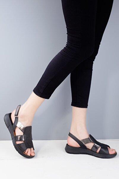 Venüs 20y  2094108 Kadın H.deri Günlük Sandalet Siyah
