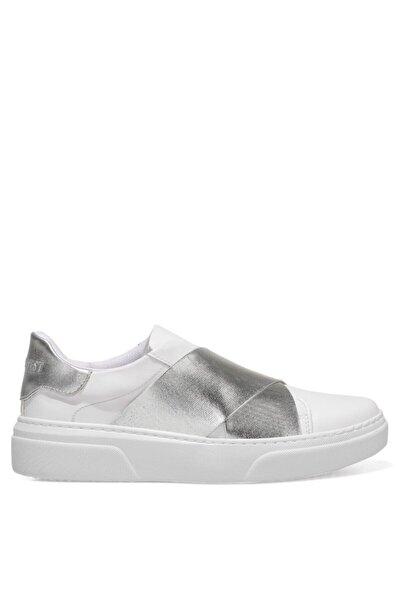 Nine West Gopcha 1fx Beyaz Kadın Havuz Taban Sneaker
