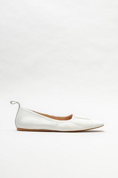 Elle Shoes Kadın Beyaz Deri Babet