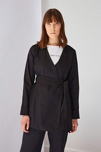 Trendyol Modest Siyah Ceket Tesettür Ceket TCTSS21CE0414