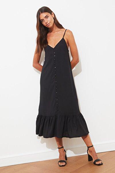 TRENDYOLMİLLA Siyah Askılı Düğmeli Elbise TWOSS21EL1990