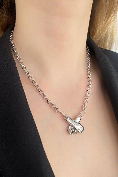 TAKIŞTIR Sevgiyi Birleştiren Gümüş Renk Mıknatıslı El Figürlü Kolye