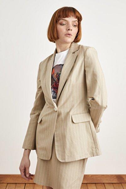 Love My Body Kadın Bej Çizgili Keten Ceket