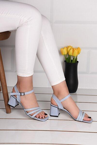 Weynes Kadın Turkuaz Üç Bant Topuklu Sandalet
