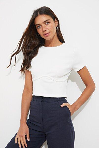 TRENDYOLMİLLA Beyaz Fitilli Örme Bluz TWOAW21BZ0638