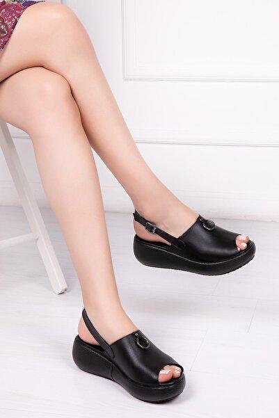 Deripabuc Hakiki Deri Siyah Kadın Deri Sandalet Dp-20672