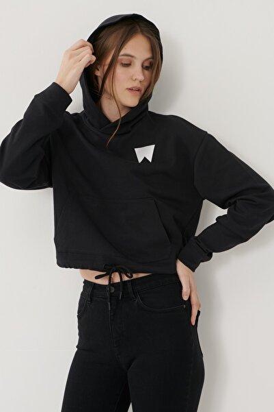 WRANGLER Kadın Siyah Regular Fit %100 Pamuk Kapüşonlu Sweatshirt
