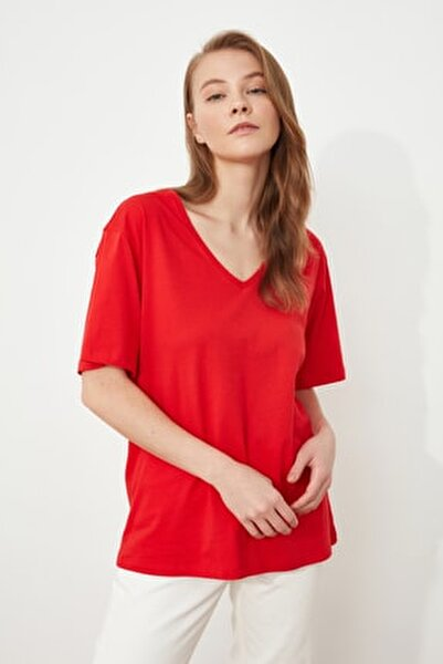 Kırmızı %100 Pamuk V Yaka Boyfriend Örme T-Shirt TWOSS20TS0132
