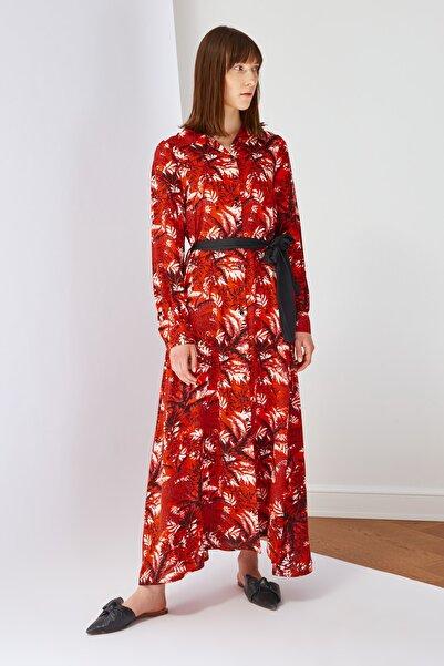 Trendyol Modest Çok Renkli Belden Kuşaklı Tesettür Elbise TCTSS21EL3519