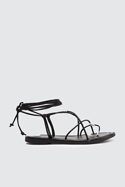 TRENDYOLMİLLA Siyah Kadın Sandalet TAKSS21SD0027
