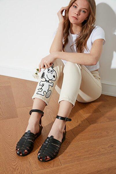 TRENDYOLMİLLA Siyah Hakiki Deri Kadın Sandalet TAKSS21SD0039