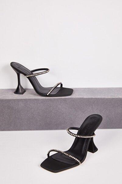 Oleg Cassini Oleg Cassını Tr Siyah Taş Işlemeli Makara Topuk Abiye Ayakkabısı