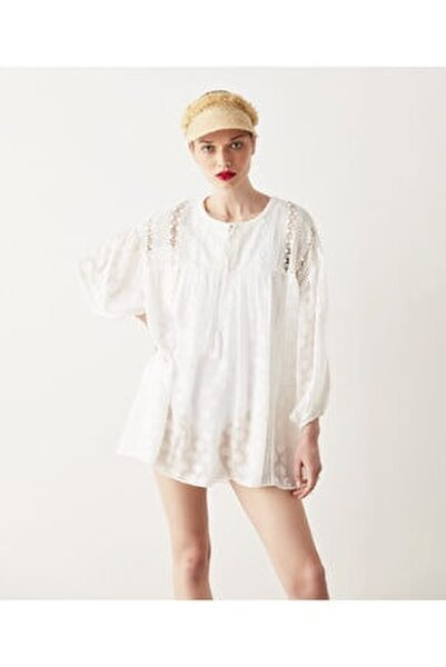 Kadın Beyaz Dantel Mixli Tunik
