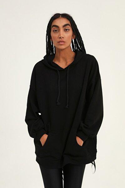 Quzu Kadın Siyah Kanguru Cepli Kapüşonlu Sweatshirt